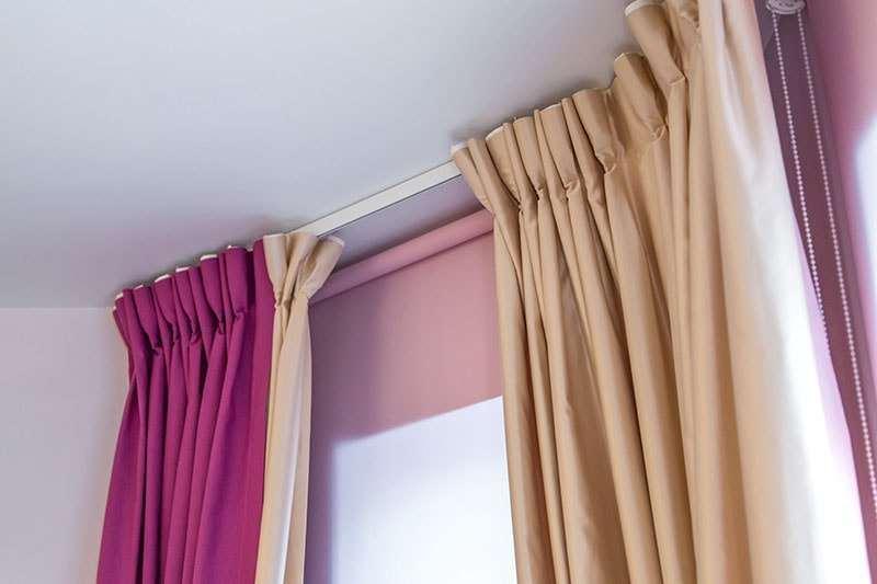 подвешиваем занавески на шторной ленте