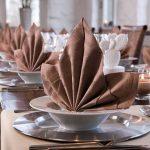 сервировка стола салфетками фото декора
