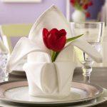 сервировка стола салфетками оригами