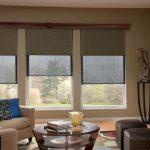 Дизайн гостиной с тремя окнами