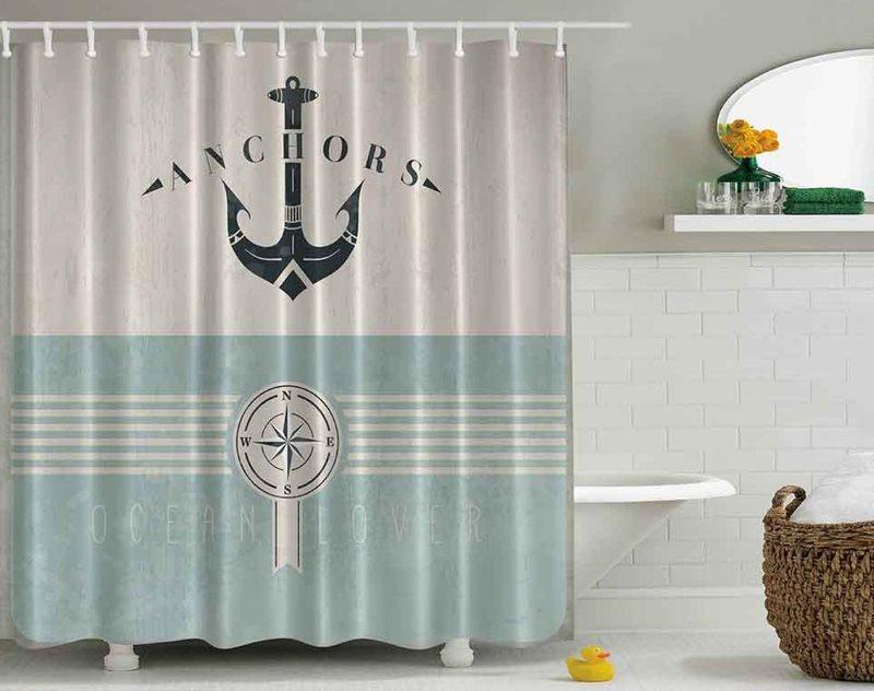 Полиэстеровая шторка с якорем в ванной комнате