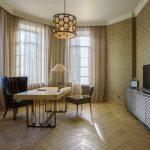 шторы в гостиной современные