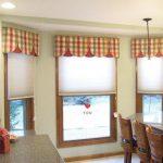 шторы для кухни с эркером