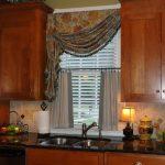 шторы для кухни в классическом стиле варианты фото