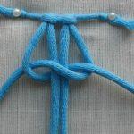 Завязывание крайних веревок плоского узла макраме