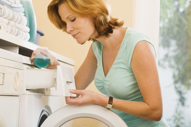 Заполнение отсека в стиральной машине жидким порошком