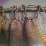 шторы из рогожки с подвязками