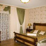 шторы в спальню с балконом фото оформления