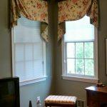 шторы на маленькие окна в интерьере