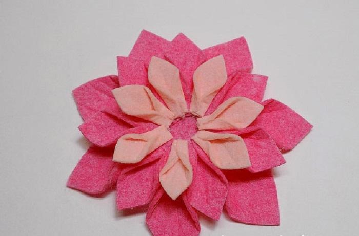 цветы из вискозных салфеток