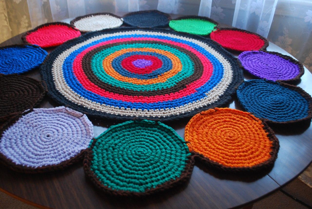 коврик из кругов фото