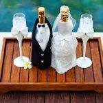 оформление бутылок шампанского на свадьбу фото идеи