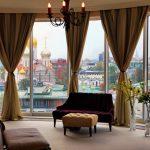 шторы на панорамные окна примеры