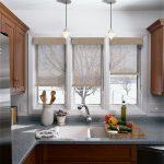 шторы на маленькие окна кухни