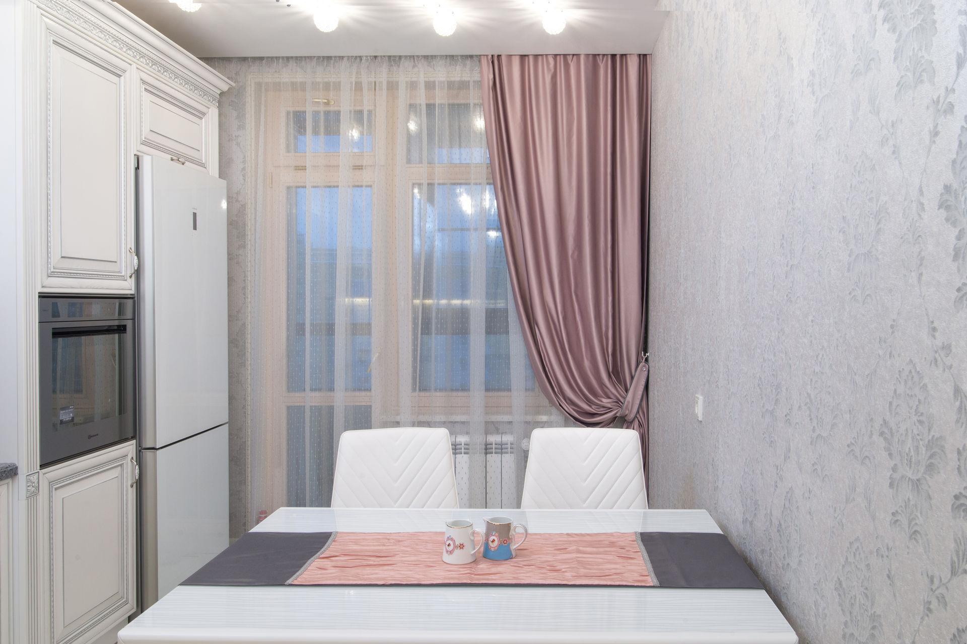 шторы на одну сторону окна дизайн фото