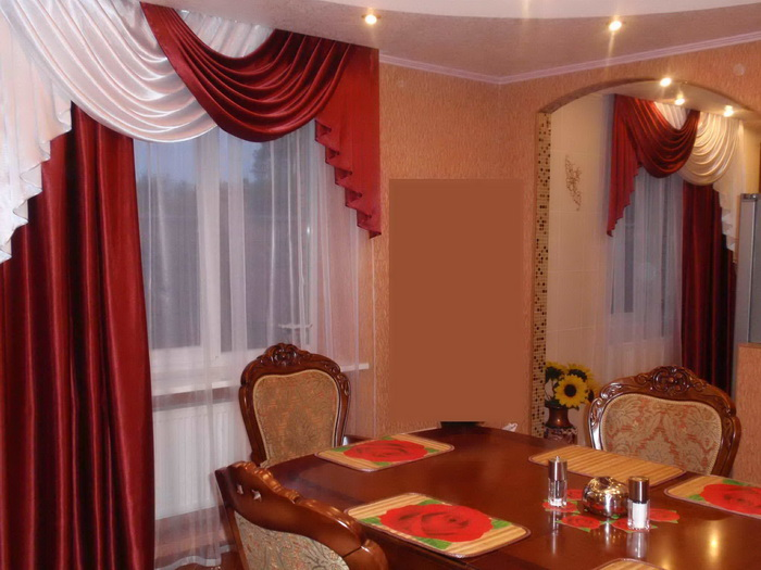 шторы на одну сторону окна фото текстиля