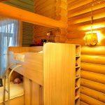 шторы в деревянном доме фото особенности