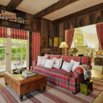шторы в деревянном доме идеи стиля