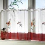 шторы на маленькие окна кафе