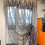 современный тюль на кухне