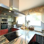 тюль на кухню фото интерьер