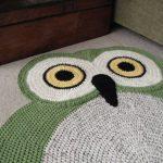 вязаный коврик сова оформление фото