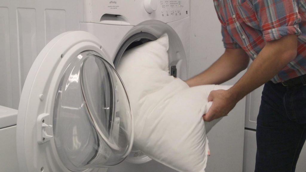 стирка пера для подушек