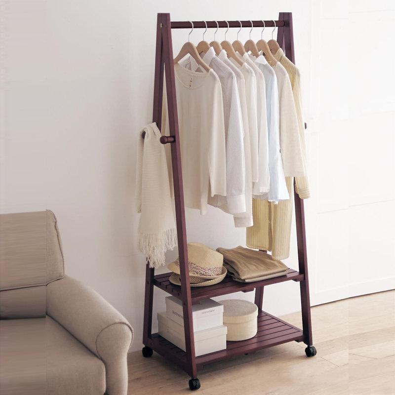 вешалка для одежды фото