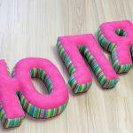 буквы подушки фото дизайна