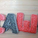 буквы подушки фото оформление