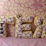 буквы подушки оформление идеи