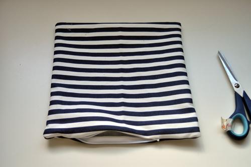как вшить молнию в чехол для подушки