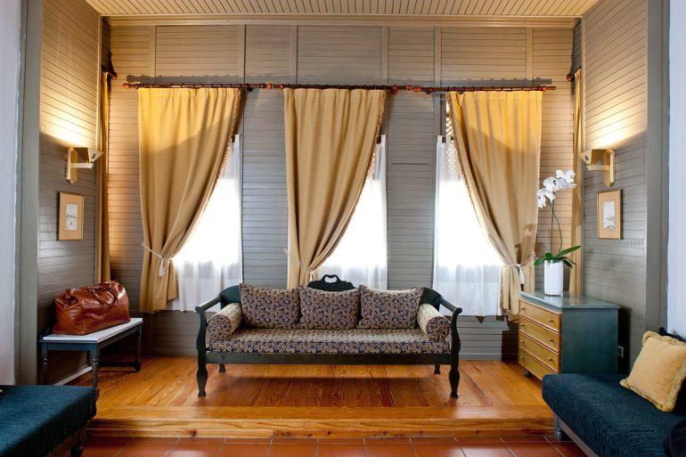 короткие шторы дизайн гостиной