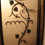 кованые вешалки в прихожей дизайн фото