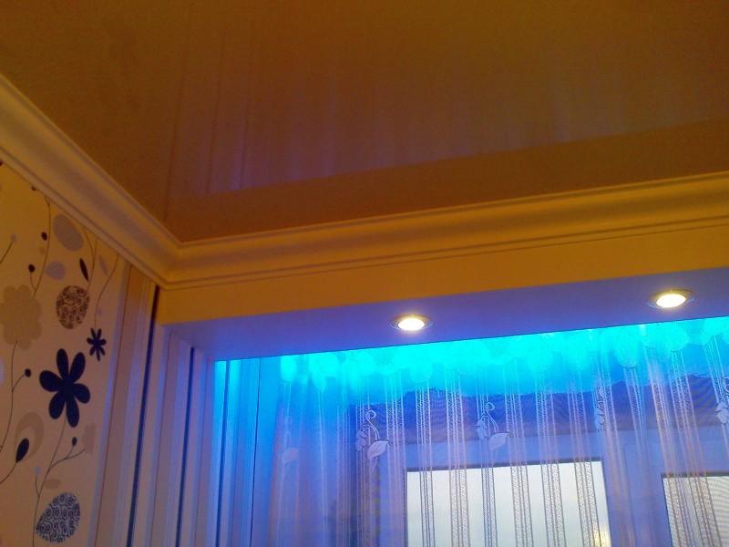 подсветка штор фото интерьера