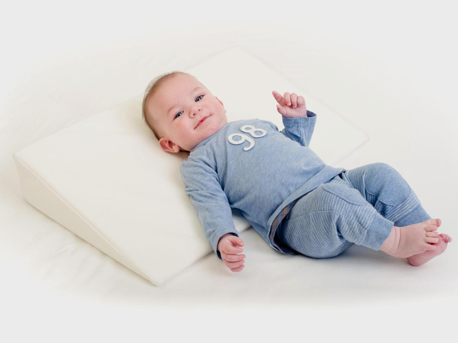 подушка для новорожденного варианты