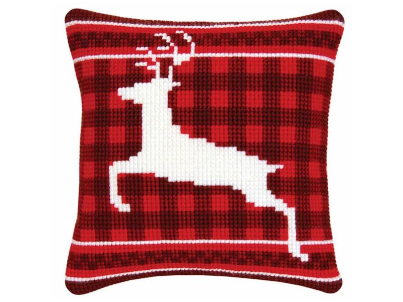 подушка белый олень