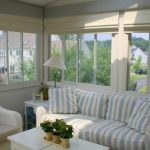 шторы на балкон дизайн фото