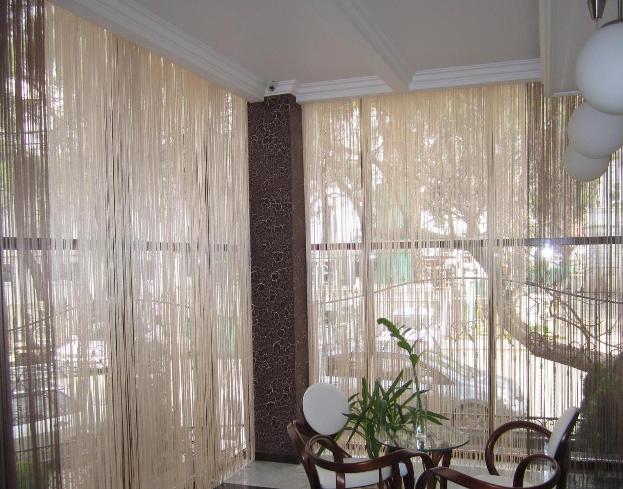 шторы на балкон варианты интерьера