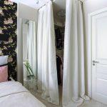 шторы в гардеробную вместо дверей фото