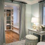 шторы в гардеробную вместо дверей фото дизайн