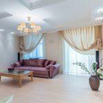 современные шторы в гостиной интерьер фото