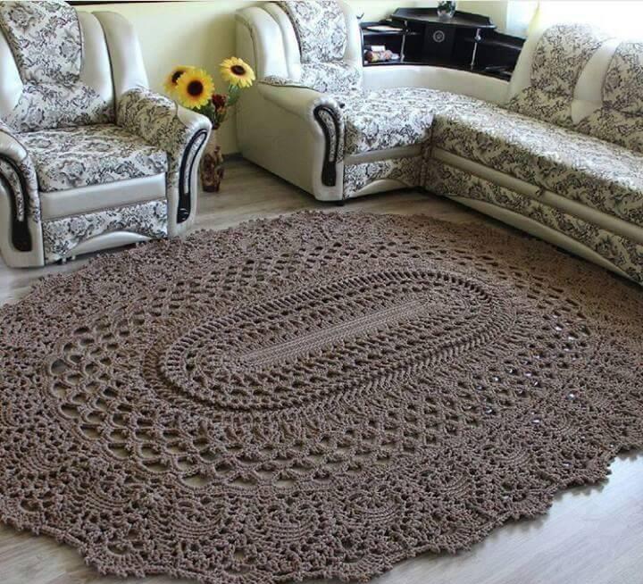 вязаные коврики крючком в гостиной