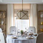 белые шторы в гостиной интерьер фото