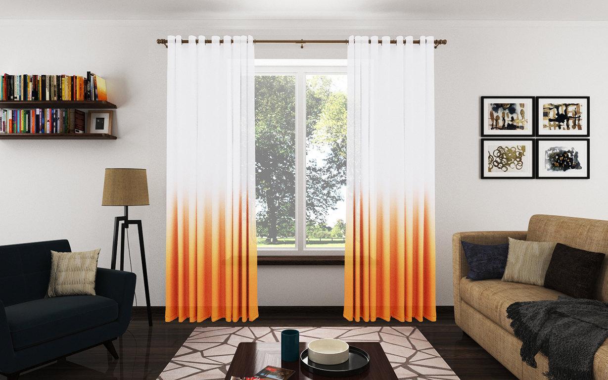 белые шторы с оранжевым