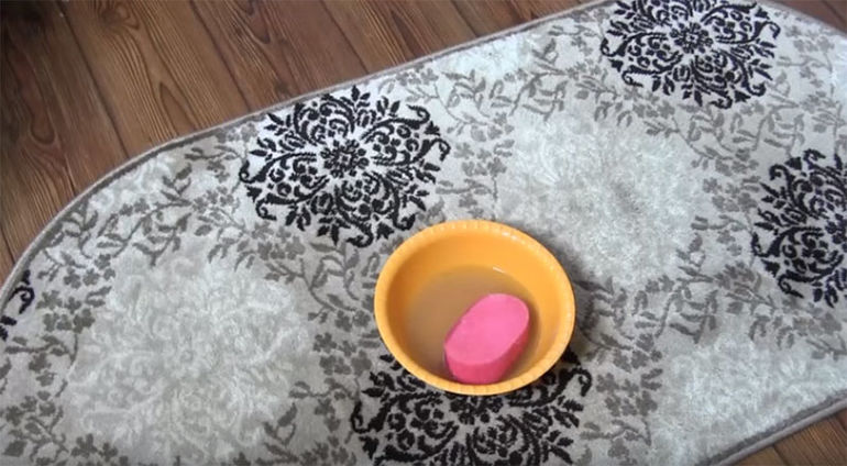 чистка ковра своими руками