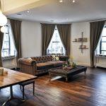 коричневые шторы фото интерьера