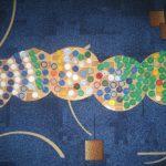 коврик из крышек дизайн фото