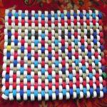 коврик из крышек фото