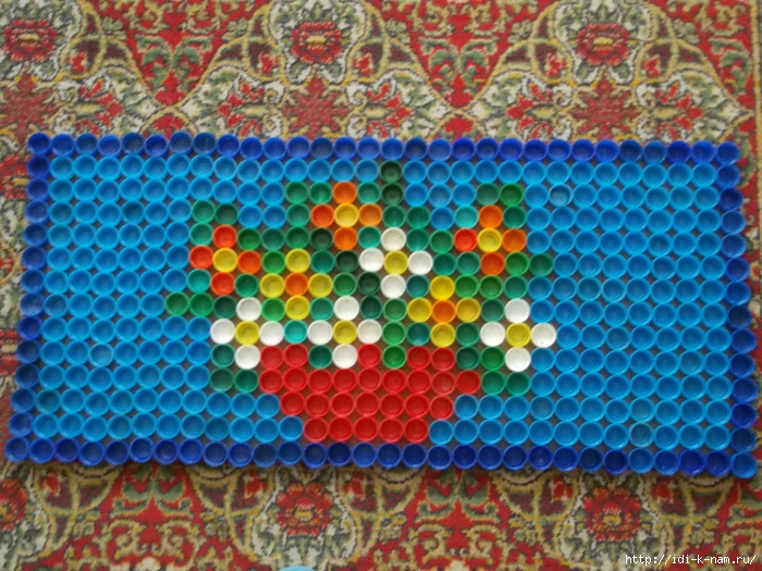 коврик из крышек фото оформление